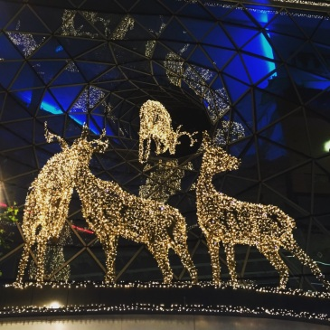 christmas-frankfurt-zeil-deer-lights-decorations